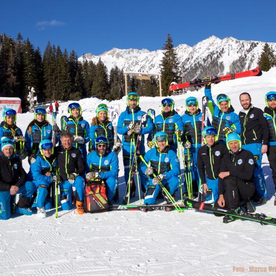 Nazionale Artisti Ski Team
